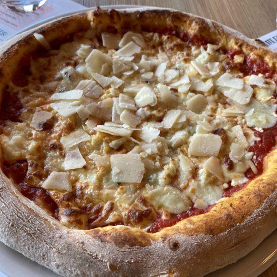 Pizza 4 fromages - à emporter en livraison, Hérault Factory Le Bosc